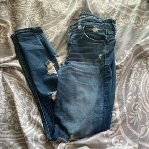 American eagle ripped skinny jeans sz 2
